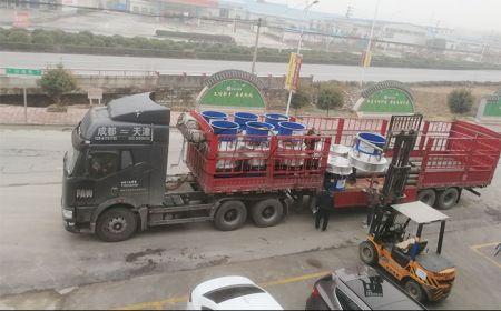 天津客户订购的陶瓷泥浆专用筛批量发货