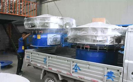 河南郑州客户订购的两台单层旋振筛